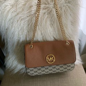 Michael Kors Handbag with chain strap